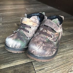 Realtree Shoes (2 for $10)